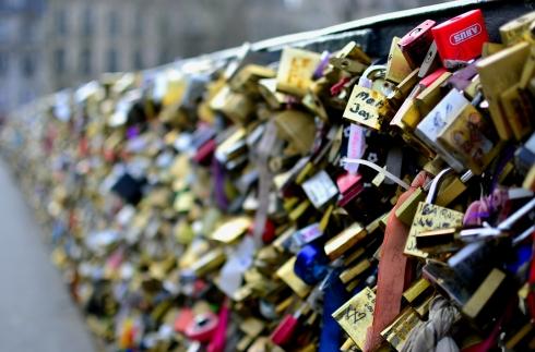 Paris 2013 274 bridge with locks